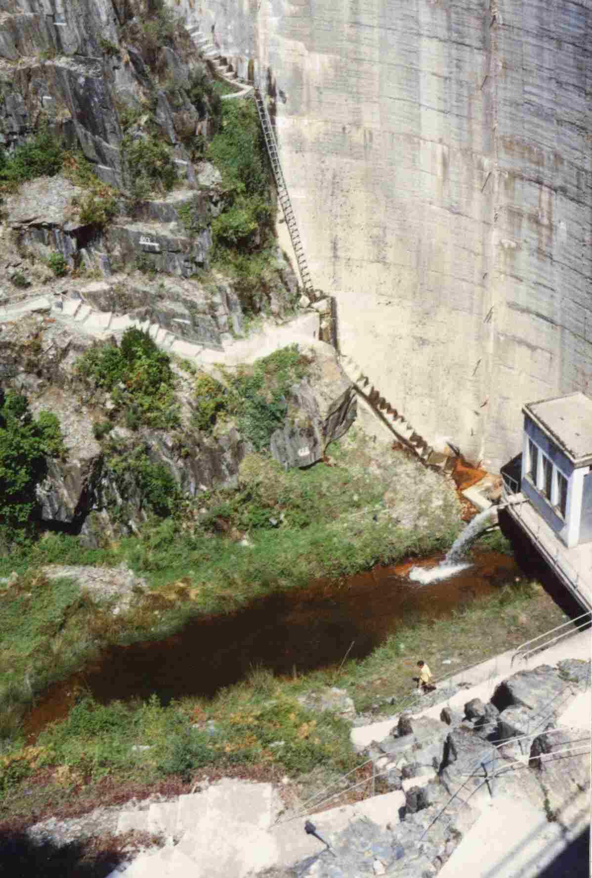 Barragem do Alto Ceira em Agosto de 1990