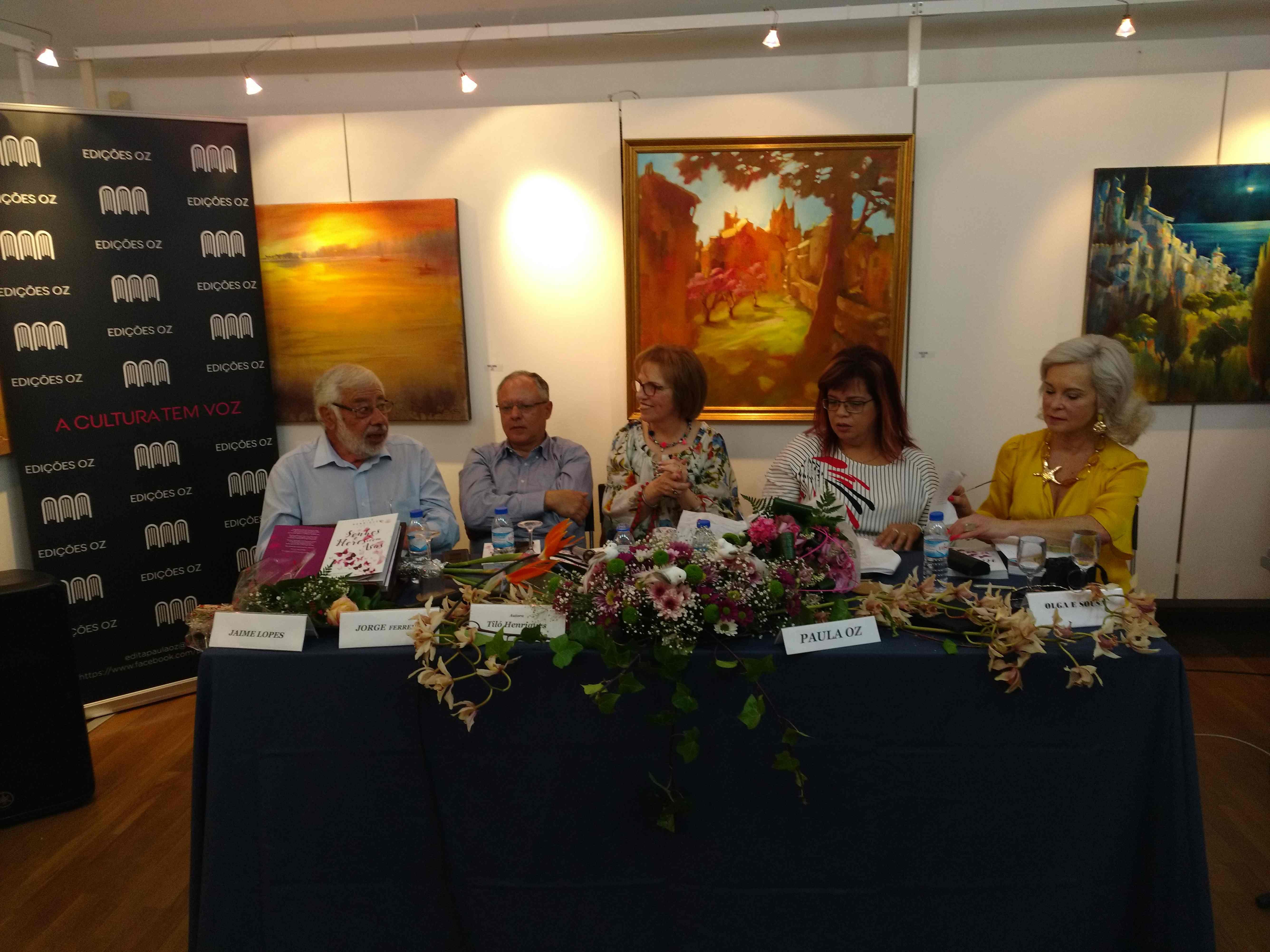 Apresentação do livro de poesia 'Sonhos e Flores com Asas' de Tiló Henriques no Sábado, 4 de Maio de 2019