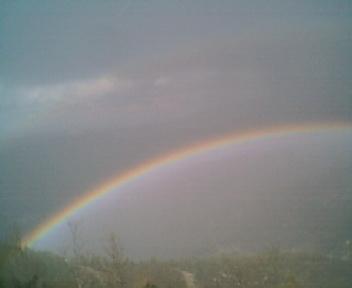2 Arco-íris a partir do caminho que vai para a Deguimbra, na Segunda-feira, 9 de Abril de 2007