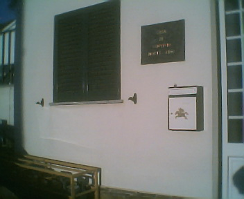 Caixa de correio exterior na Casa de Convívio do Monte Frio no Domingo, 16 de Dezembro de 2007