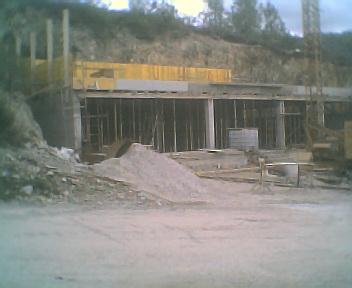 Obras de ampliação do Centro de Convívio e da construção de uma zona de lazer, na Segunda-feira, 9 de Outubro de 2006