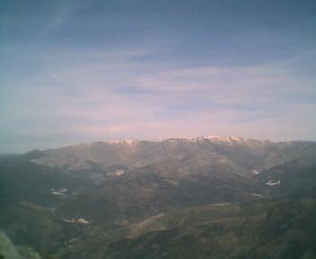 Paisagem a partir do pico do Monte do Colcurinho vista de oeste para este no Domingo, 12 de Março de 2006
