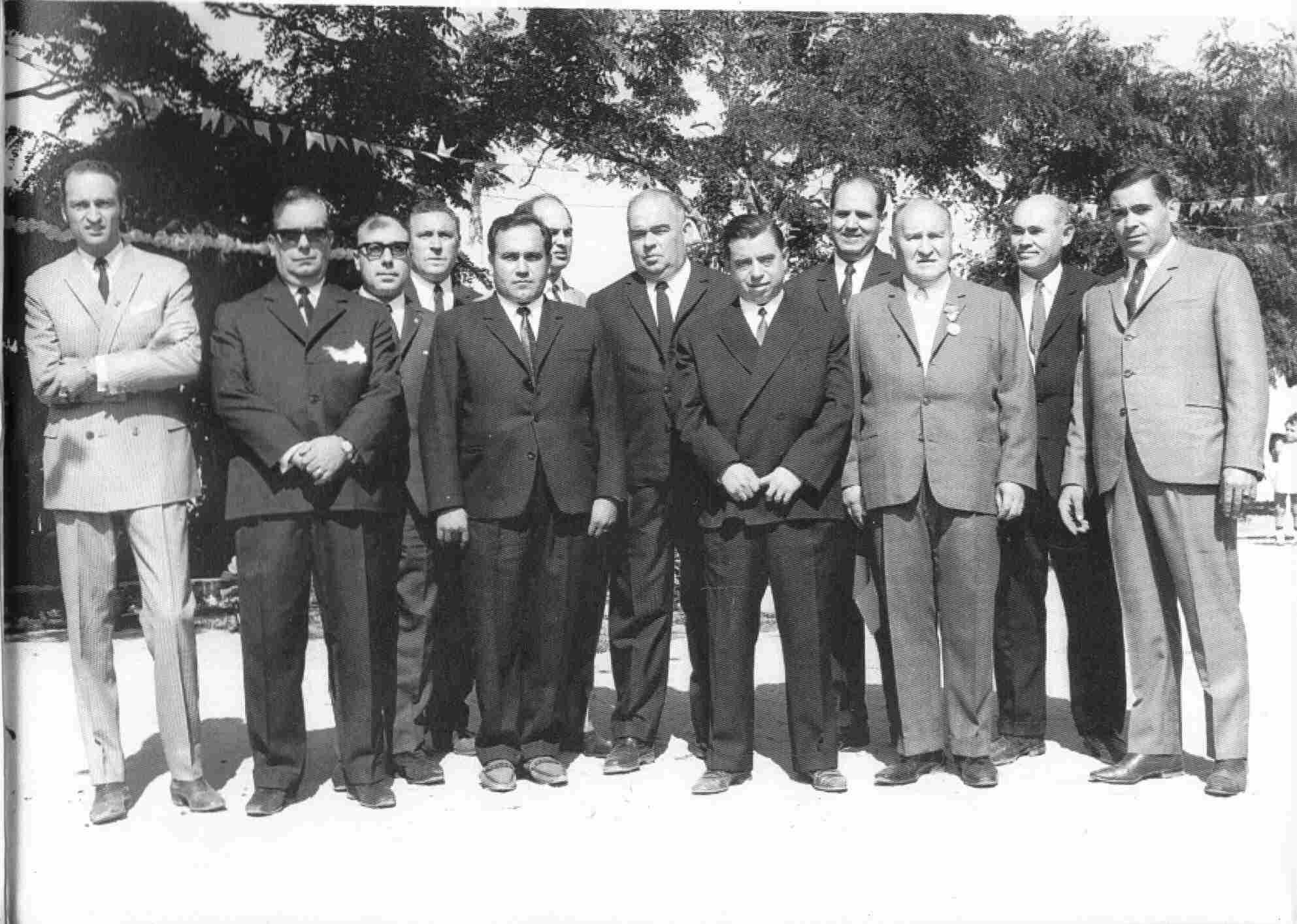 Dirigentes da Comissão de Melhoramentos, em Agosto de 1968