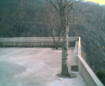 Largo da Capela visto de norte para sul na 6ªfeira, 31 de Dezembro de 2004