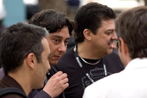 Miguel Gomes, realizador do filme e Armando Pimenta Nunes no festival de Cannes no sul de França