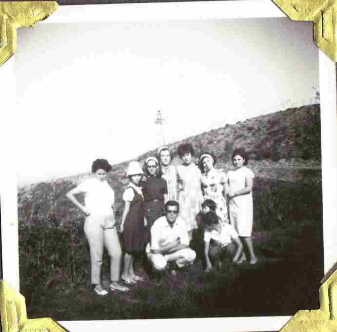 Antiga juventude montefriense no Monte Frio em Agosto de 1963