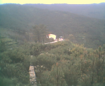 Monte Frio a partir da escola no Sábado, 15 de Abril de 2006