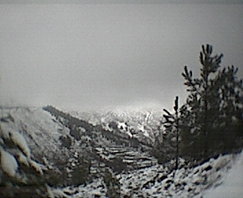 Montes ao pé dos Parrozelos vistos de este para oeste no Domingo, 30 de Novembro de 2008