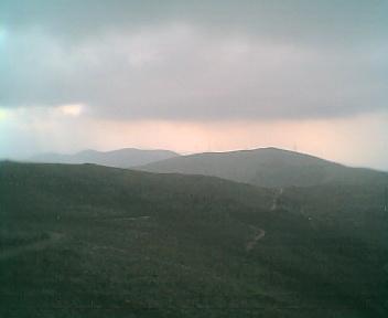 Paisagem a partir do pico de São Pedro do Açor vista de este para oeste na Quinta-feira, 16 de Março de 2006