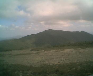 Paisagem a partir do pico de São Pedro do Açor vista de norte para sul na Segunda-feira, 22 de Maio de 2006