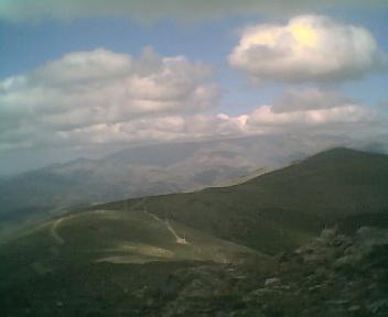 Paisagem a partir do pico de São Pedro do Açor vista de oeste para este na Segunda-feira, 22 de Maio de 2006