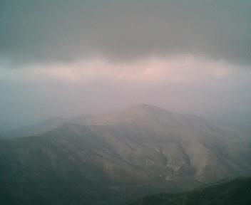 Paisagem a partir do pico de São Pedro do Açor vista de sul para norte na Quinta-feira, 16 de Março de 2006