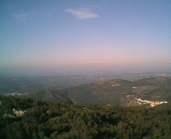 Paisagem a partir do pico da Picota vista de sul para norte na Terça-feira, 13 de Dezembro de 2005