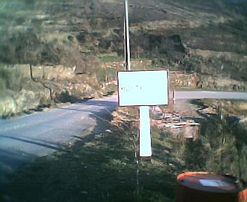 Placa inteira informativa de início do Monte Frio no sentido norte sul na Quarta-feira, 14 de Dezembro de 2005