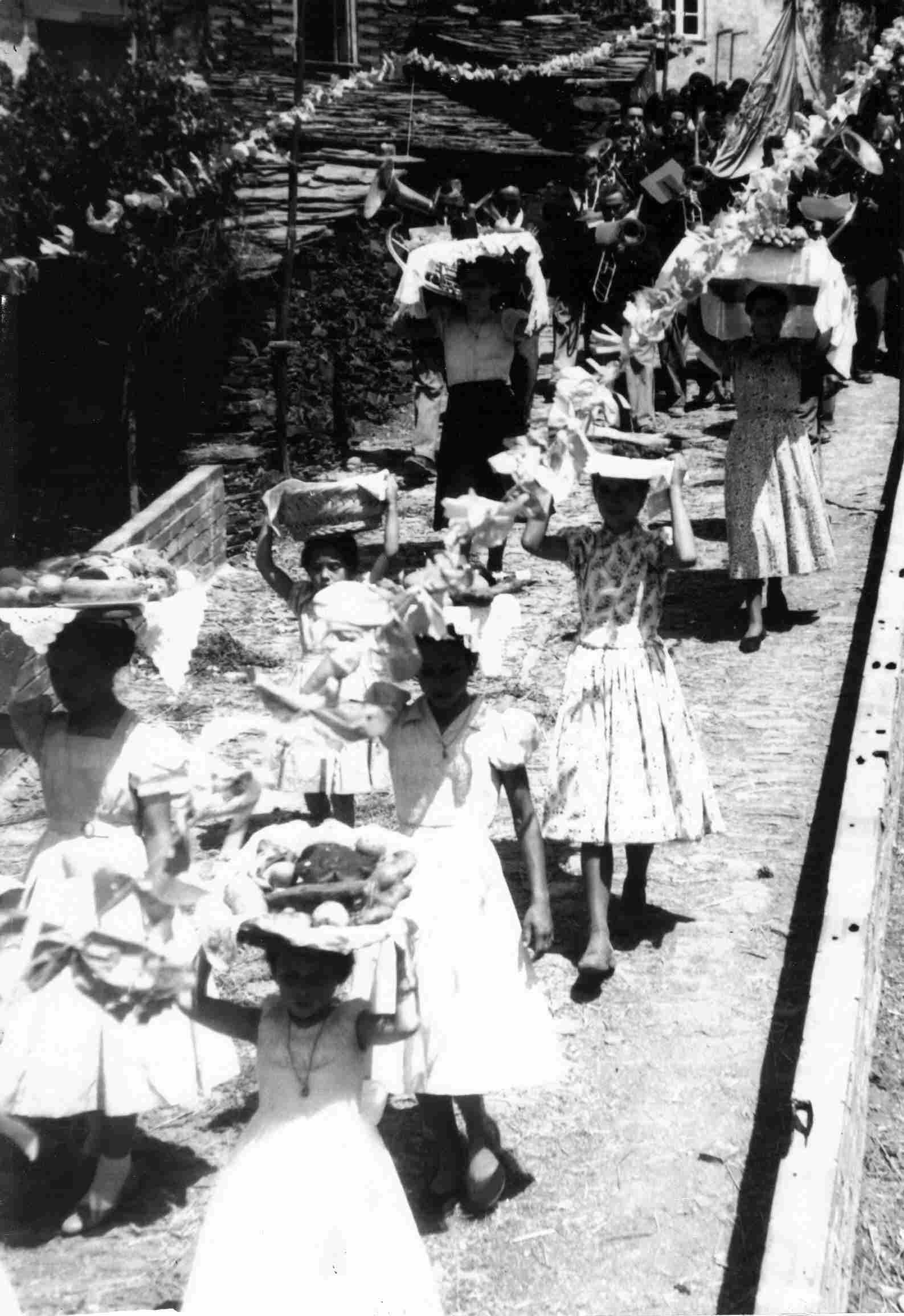 Procissão em Monte Frio em Agosto de 1957
