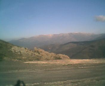 Encosta oeste da Serra da Estrela a partir dos Penedos Altos ao pé do cruzamento que vai para o Piódão, na Segunda-feira, 11 de Dezembro de 2006